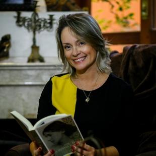 Eleonora Medeiros